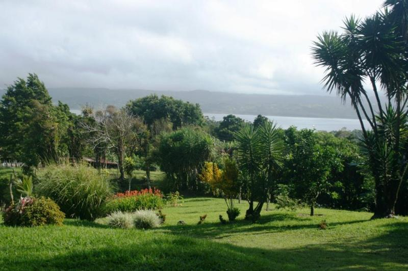 Front view - Arenal lakeview on a lush knoll above village - Tilaran - rentals