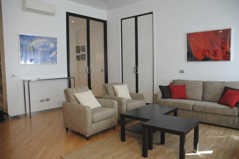 Apartment in Milano City near Fashion District - Image 1 - Milan - rentals
