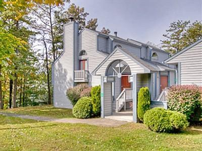 Front Archway to Your Townhouse - Spacious Home with Full Access to Fernwood Resort! - Bushkill - rentals