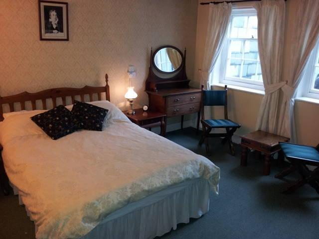 The Keats Room, where he stayed and wrote Otho the Great & parts of Lamnia - Keats Cottage - Shanklin - rentals