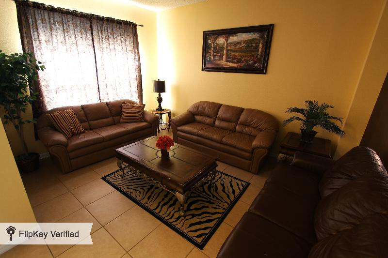 Newly Renovated!!! 10min to Disney, Forest View, 7BR 4.5BA Pool - Image 1 - Kissimmee - rentals