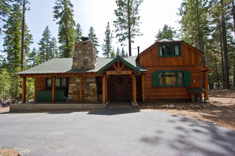 Old Tahoe Charm-Three Little Bears Cabin - Image 1 - Tahoe City - rentals