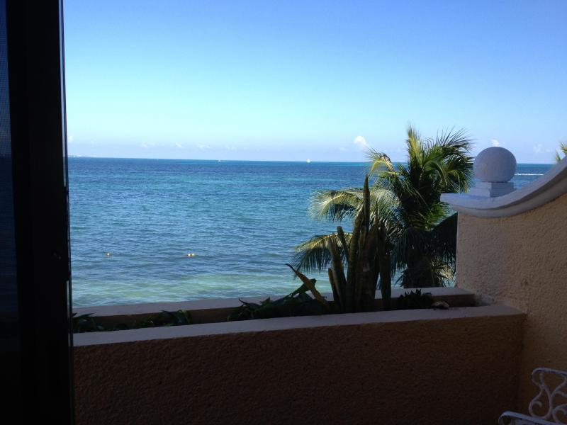 Amazing unobstructed View  - Beach Front with View - Cancun - rentals