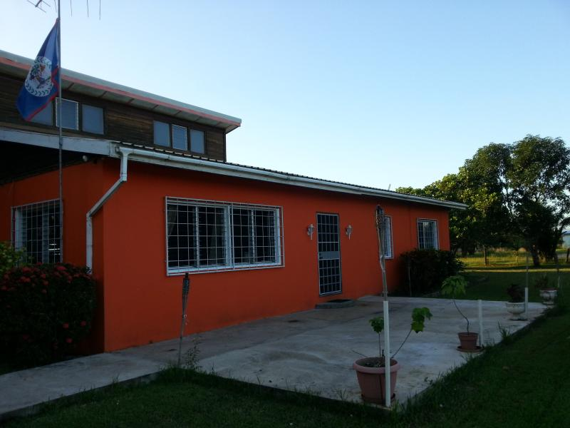 Front of the House - Furnished and updated Burrell Boom House on 1 acre - Burrell Boom - rentals
