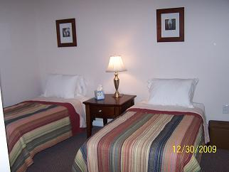 Studio apartment twin beds - The Steel Horse Stable Apartments - Robbinsville - rentals