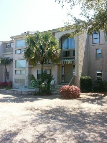 Large 3 bedroom townhome w/ 3 levels - 3 Bedroom Townhome - Steps to the beach! - Saint Simons Island - rentals