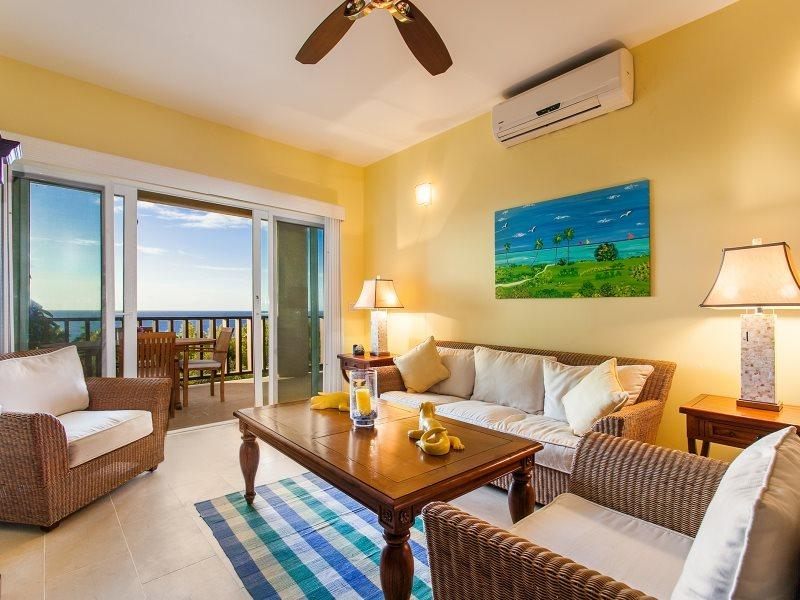 Bright and Cheerful Fountains Residence  - The Fountain Residences - 1 Bedroom - Island Harbour - rentals