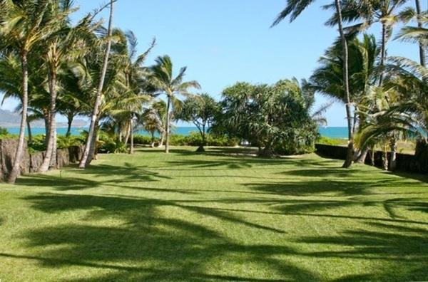 Kai Mele - Private Beachfront w/ wide grassy lawn - Image 1 - Kailua - rentals