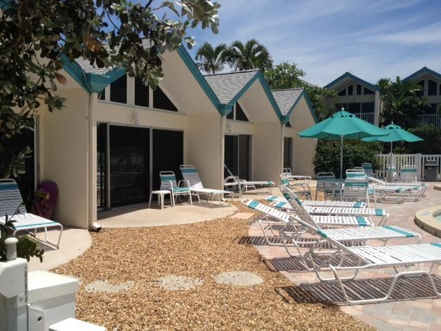 Coconuts Poolside Unit 103 - Image 1 - Holmes Beach - rentals