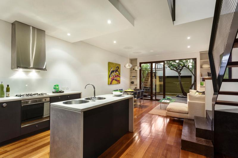 Modern & spacious living / dining / kitchen - TWO FIVE ZERO / RICHMOND - Richmond - rentals