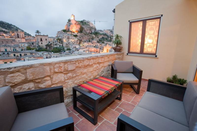 view from Terrace - Restored heritage home with a panoramic views - Modica - rentals