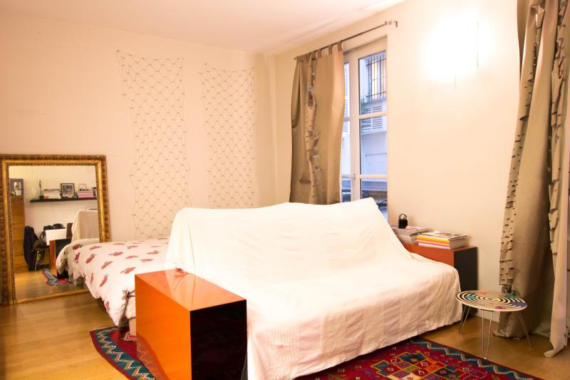 Rue St Paul - Image 1 - France - rentals