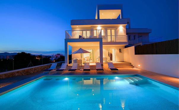 Magnificent villa in Cala d'Or for 6 people  in the north of Mallorca - ES-1079003-Cala d'Or - Image 1 - Cala d'Or - rentals