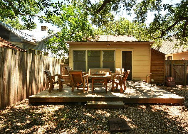 3BR/2BA Home, Lowest Summer Rates! Seconds From The University & Downtown! - Image 1 - Austin - rentals
