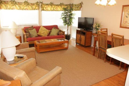 Great Condo on 1st Floor, Close to Beach and Main Pool - Image 1 - Myrtle Beach - rentals