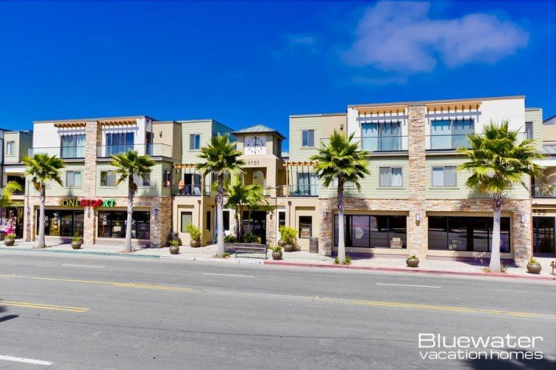 Located right at the intersection of Mission Beach and Pacific Beach - Pacific Blue Three - Vacation Rental in Pacific / Mission Beach - San Diego - rentals