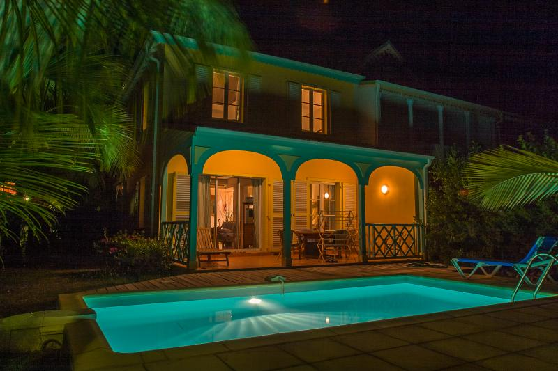 MARLENE... adorable 2 bedroom townhome in the heart of Orient Bay, French St Martin 800 480 8555 - MARLENE... adorable 2 bedroom townhome in the heart of Orient Bay - Orient Bay - rentals