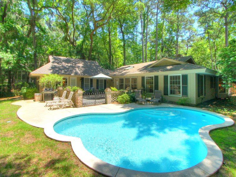 4 Greenwood Court - Pool Area - 4 Greenwood Court - Hilton Head - rentals