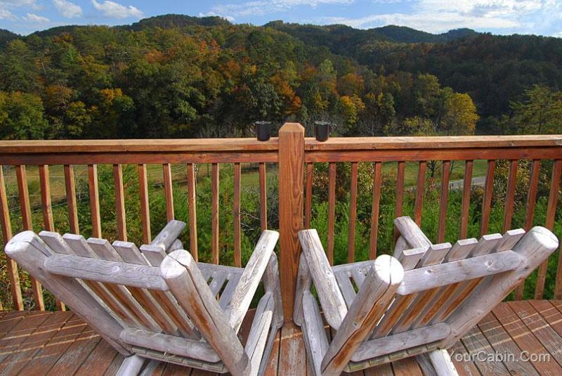Cherokee Sunset Cabin - Image 1 - Sevierville - rentals
