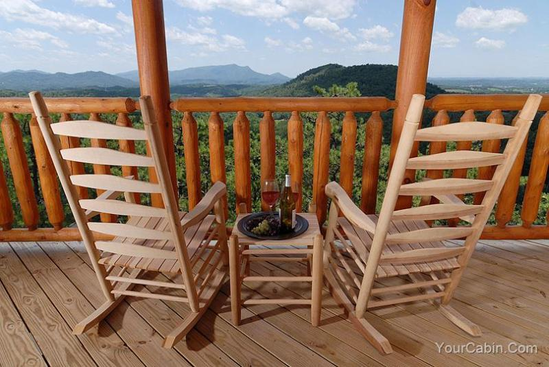 High On The View Cabin - Image 1 - Sevierville - rentals