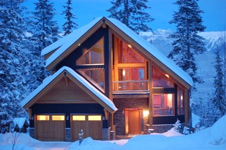 THE COULOIR : A beautiful slope-side retreat