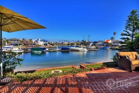4BR / 2BA Upgraded Waterfront Home in Private Gated Community (3790475) - Image 1 - Newport Beach - rentals