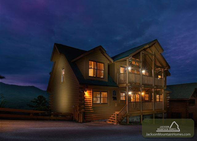 AMAZING VIEW LODGE - Image 1 - Gatlinburg - rentals