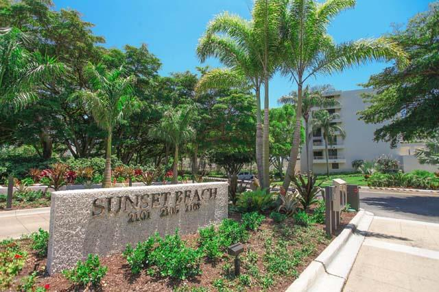Community Entrance - Sunset Beach Condo 1401 - Longboat Key - rentals