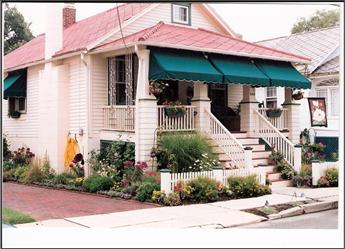 """""""Gaslight Cottage"""" CLOSE TO BEACH AND TOWN 92675 - Image 1 - Cape May - rentals"""