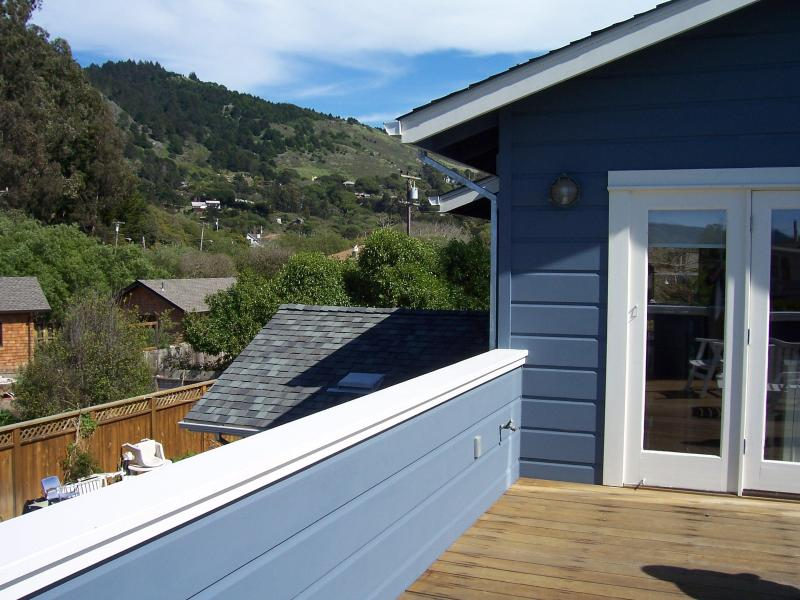 Steps from and Views of Beach, Ocean and Mountains - Image 1 - Stinson Beach - rentals