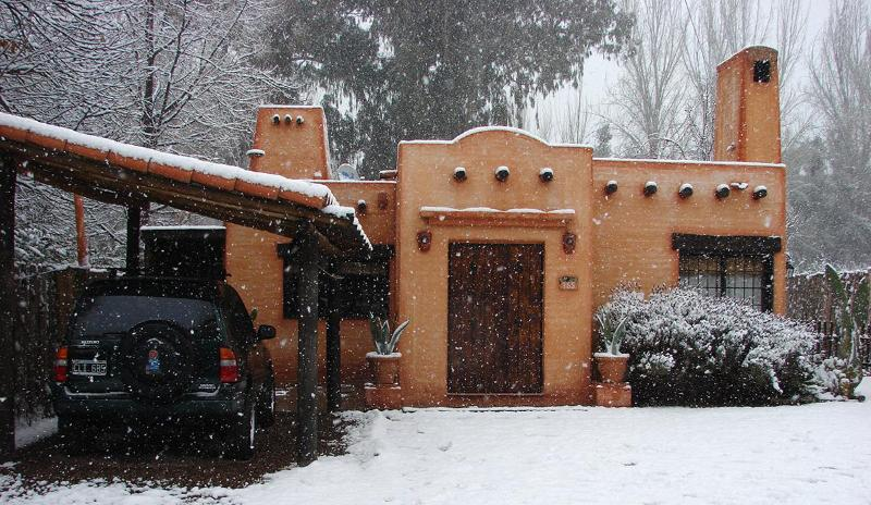 Entrance whit snow - Posada Darragueira in by the wine routes. - Mendoza - rentals