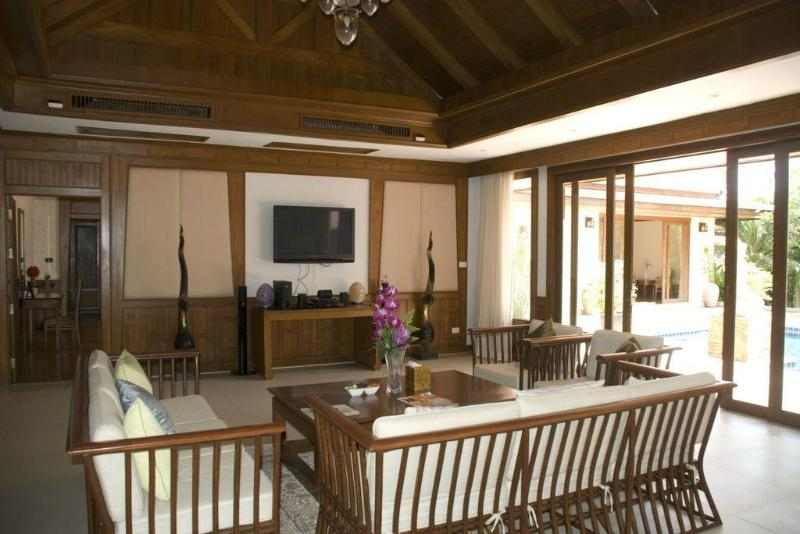 Large Thai Style 4 Bedroom Luxury Pool Villa Rawai - Image 1 - Phuket - rentals