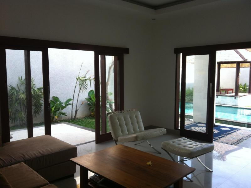 Lounge room - Teka-Teki Villa -New, modern, safe, clean, central - Seminyak - rentals