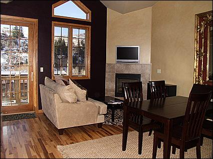 Living area - Great townhouse in West Vail / Minturn - Minturn - rentals