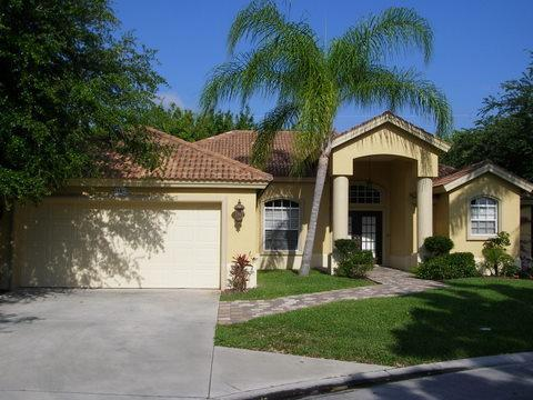 Front view - Superb 4 bed Villa Napoli, Naples, Florida - Naples - rentals