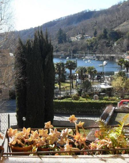 Terrace Lake View - LESA Lake Maggiore Apartment/flat 80 mq LAKE VIEW - Lesa - rentals