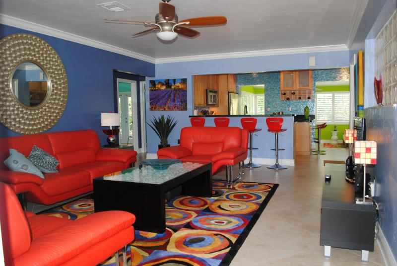 Living Room - Your Own Oasis in Poinsettia Heights - Fort Lauderdale - rentals