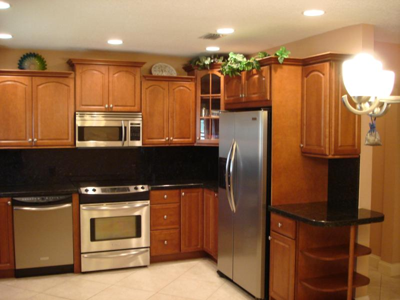 Fully equipped Kitchen - Spacious 3/2 in Beautiful Pompano Beach, FL - Pompano Beach - rentals
