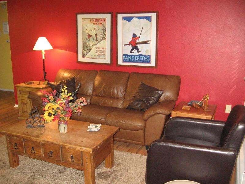 Living room! - Family-friendly 2BR Condo in Winter Park, CO - Winter Park - rentals