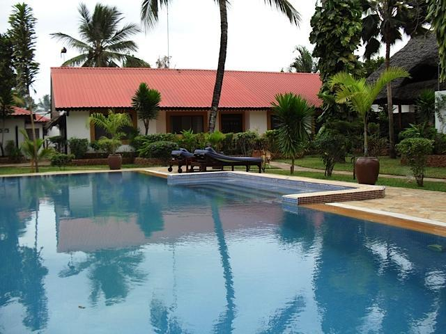 Pool and house - Well-appointed house with pool in Zanzibar - Zanzibar - rentals