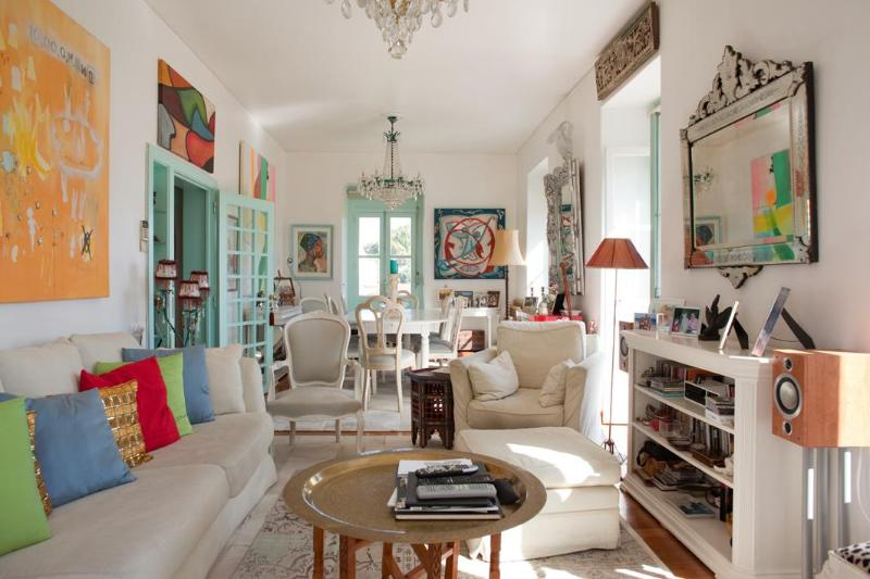 Living Room - Amazing apt in the historic centre of Lisbon - Lisbon - rentals