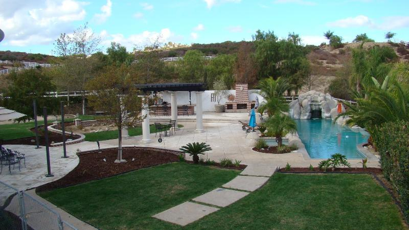 Your personal Oasis - Private Colonial Estate in Wine Country - Temecula - rentals