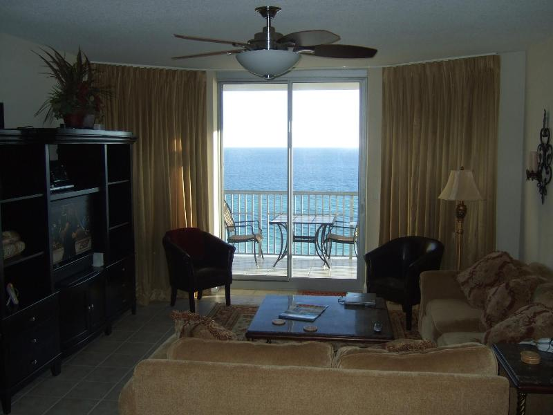 Family room View of the Gulf of Mexico - Peach of a Beach, The Emerald Dolphin, Pensacola - Pensacola Beach - rentals