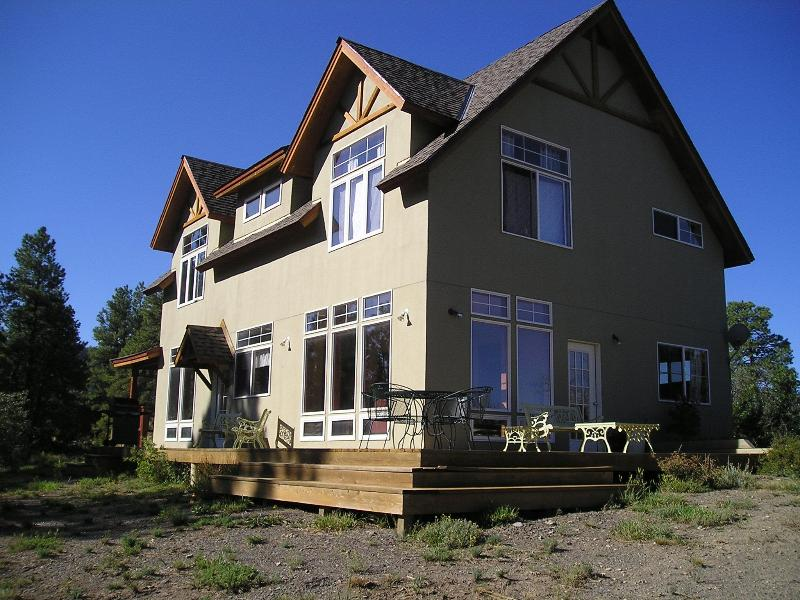 Farmhouse style with large deck on three sides - Expansive Views on Natl Forest from $95 Per Night! - Pagosa Springs - rentals