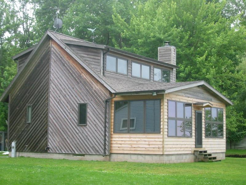 Partridge Lake, Fremont WI 2 bedroom lake home - Image 1 - Fremont - rentals