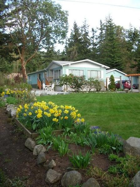 Set up your nest near Eastsound on Orcas Island - Image 1 - Eastsound - rentals