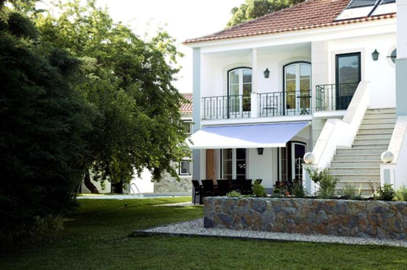 front view - Casa da Rita - A special house in a special place - Sintra - rentals