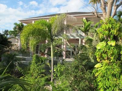 Coral Cay Exquisite Harbour Island Vacation Home - Image 1 - Dunmore Town - rentals