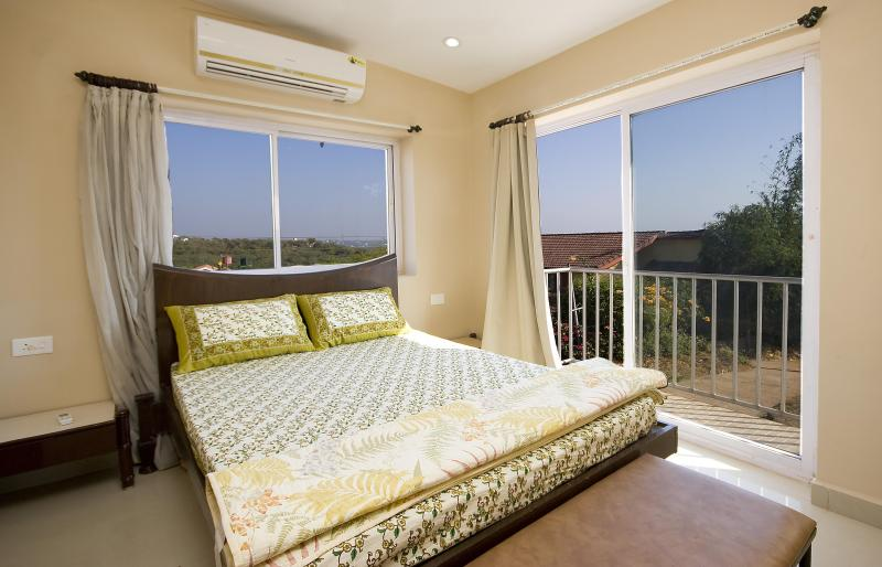 Bedroom - Le Panorama on Coco Beach - Goa - rentals