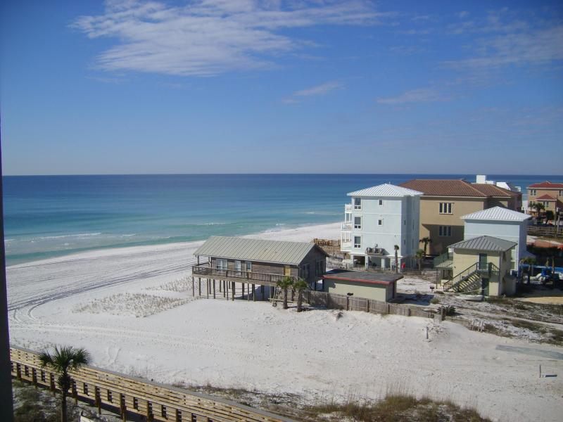 View from rear balcony - 2 Bedroom/2 bath Condo on the beach - Destin - rentals